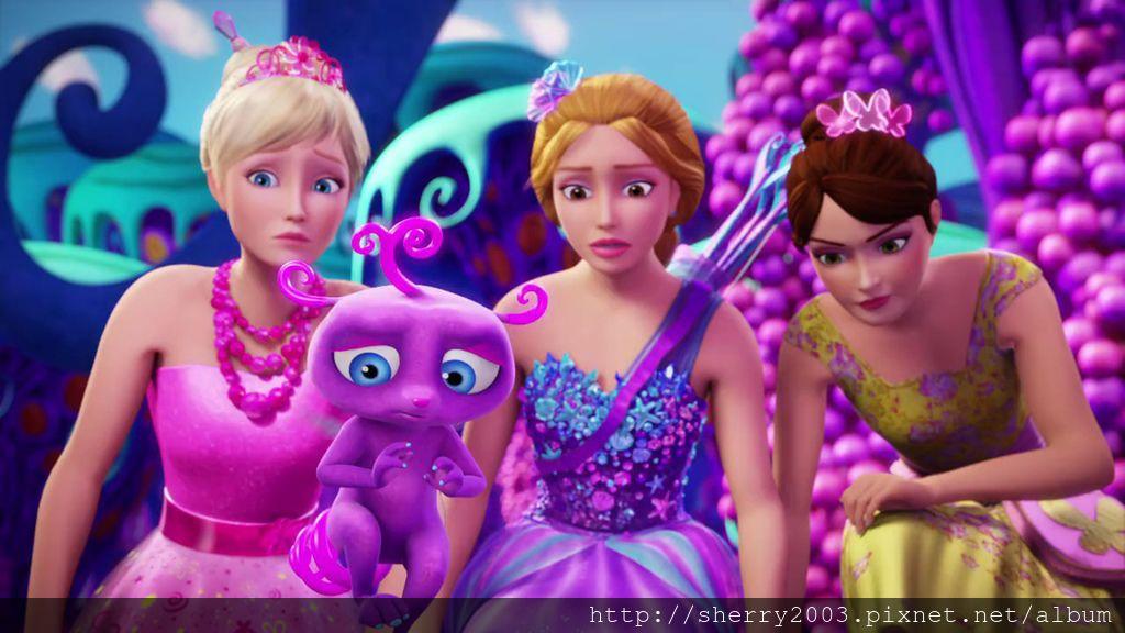 Barbie and the secret door_07.jpg