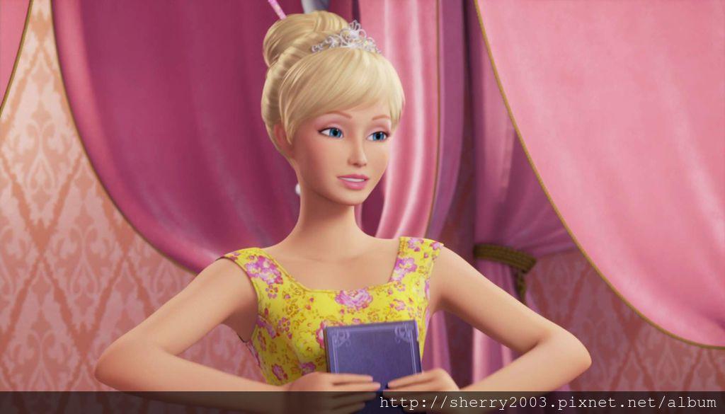 Barbie and the secret door_10.jpg