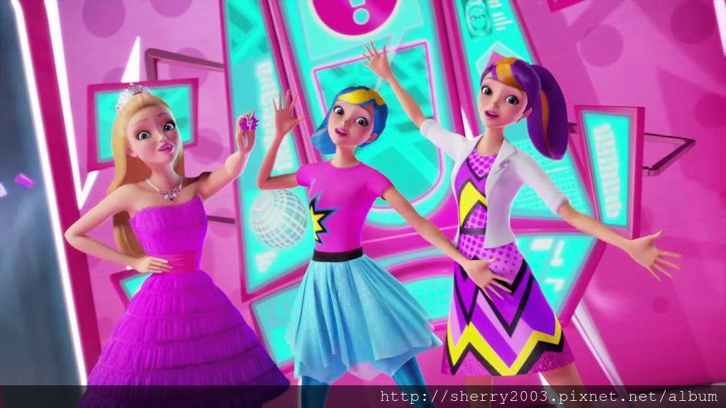 Barbie in Princess Power_10.jpg