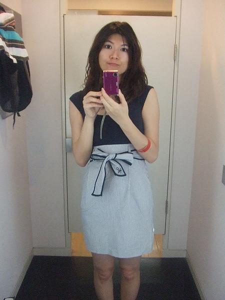 非常端莊的裙子呀~好看!!