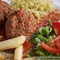 聽說也是希臘的傳統料理-肉丸...我還蠻喜歡的