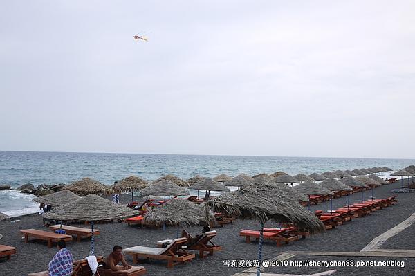 再一張...和台灣的海灘好像喔~