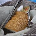 每餐必有的餐前麵包...我覺得沒有很好吃..