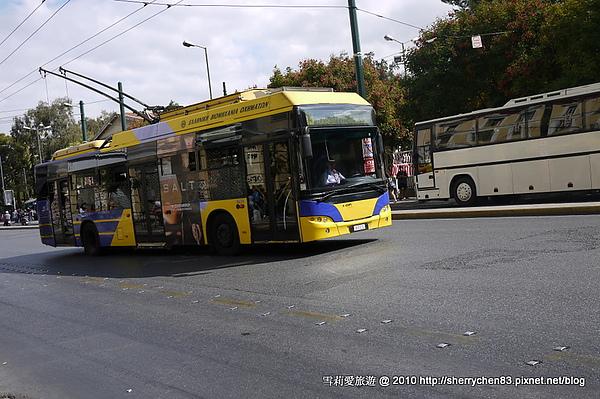 這次做的公車...因為捷運罷工中..