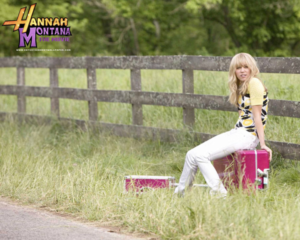Hannah-Montana-the-Movie-miley-cyrus-3867994-1280-1024.jpg