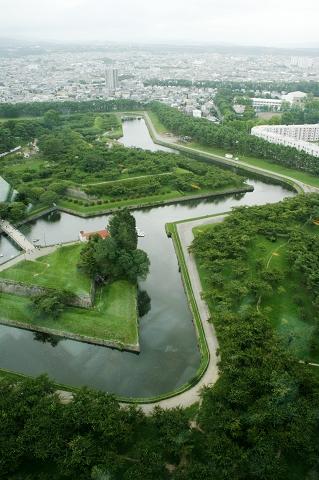 看得出五陵郭星形的護城河嗎?
