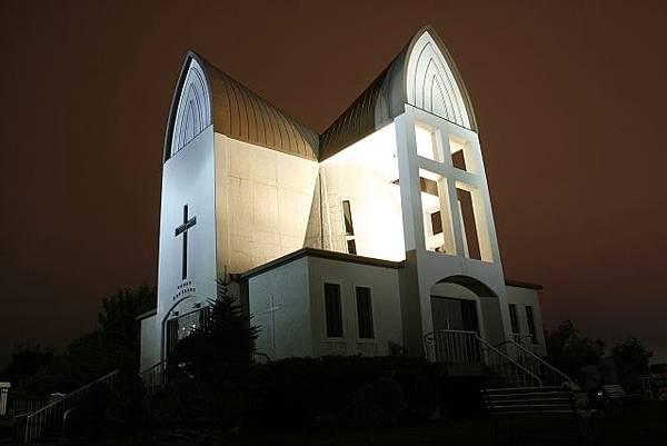 我很喜歡的教堂,晚上看來更有情調!
