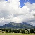 _MG_033仙巖園的櫻島1.jpg
