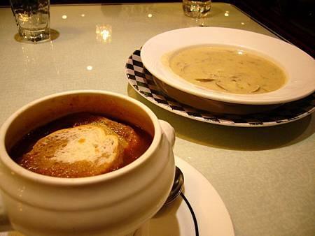 洋蔥湯&蛤肉巧達湯