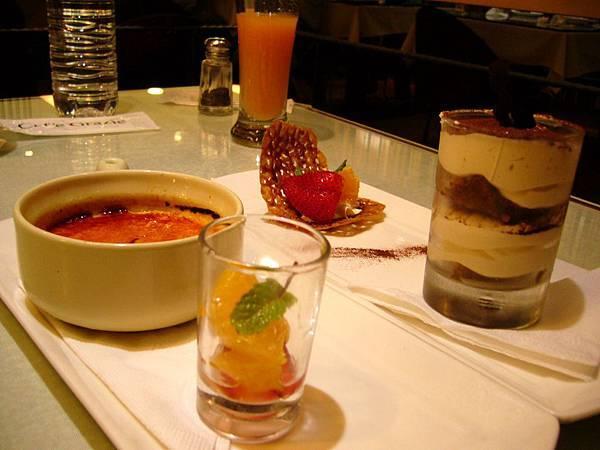 法式香草焦糖布蕾&卡布奇諾