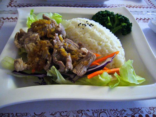 低脂薄切豬肉沙拉特餐