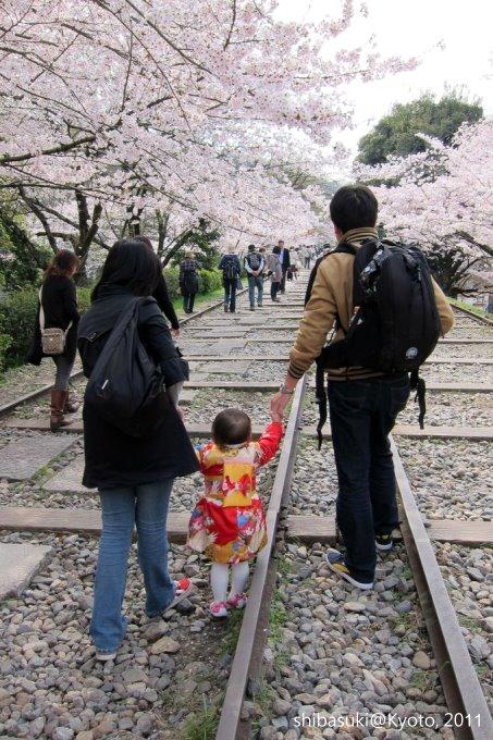 20110411_Kyoto-54_就上鐵道_1.JPG
