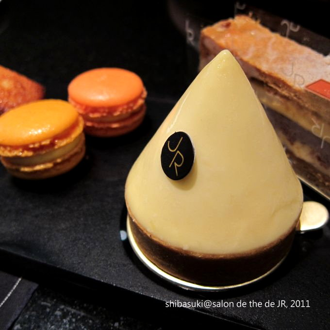 20110629_SALON DE THE de Joel Robuchon-37_1.JPG