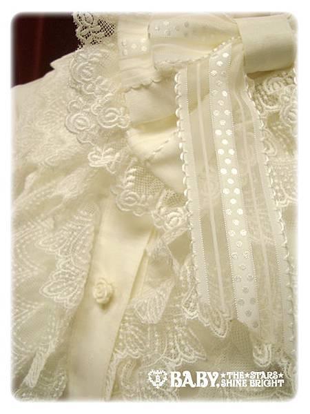 136411-lace