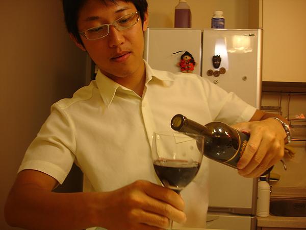 生日喝紅酒