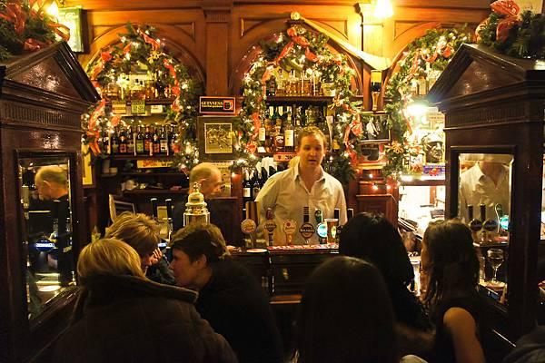 後來我們選了這一家pub