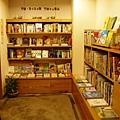 經過出版社區,就來到親子、橋梁、育兒書區囉