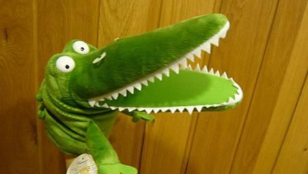 鱷魚手偶-仰角.JPG
