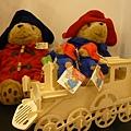 """柏林頓熊乘坐的小火車,是花栗鼠舉辦的""""小木童""""手作活動喔!"""