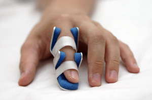 finger-splint-300x199.jpg