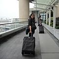 離開香港要飛美國