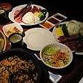 日式燒肉竟然有石鍋拌飯