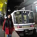 搭火車去嵐山玩,車次很多,還有快慢車給你隨便選