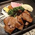 這是比較便宜的套餐,二千多日幣