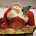 全部都能吃,除了聖誕樹紙板,真的好好吃!!