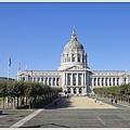 市政廳(City Hall)