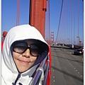 橋上真的風大又冷,所以我把自己包成這樣,哈哈哈