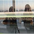 1599229485-在空橋上.jpg