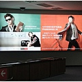 1599229487-東方神起代言的新羅免稅店.jpg