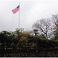 1677985235-美國國旗飄揚.jpg