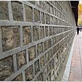 1677993083-石牆們.jpg