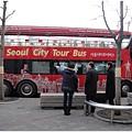 首爾的City Bus也有露天的耶