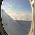 起飛後,幾萬英尺的高空上,天晴