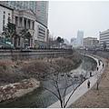 還在過冬的清溪川