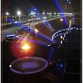 看美景喝咖啡