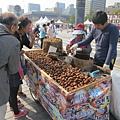 爸媽想吃栗子,一份三千韓幣