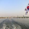呼吸著在漢江上的空氣