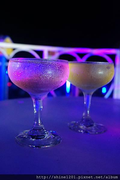 小琉球【阿念達音樂酒吧】童話風酒吧