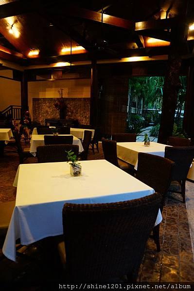 長灘島 Canyon De飯店晚餐
