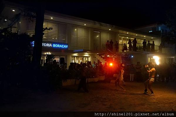 長灘島 Astoria Party Night自助晚餐+LIVE BAND 現場演奏 + 火舞表演