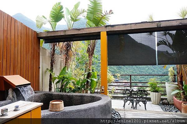 【烏來溫泉】美人湯溫泉會館-歐風庭園景觀湯屋