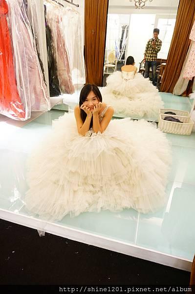 西敏婚紗  西敏英國手工婚紗  台北台中婚紗推薦