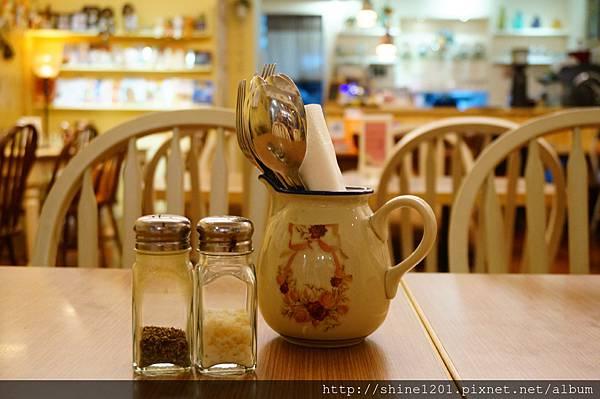 【板橋早午餐/下午茶】Kisetsu 季節日記. 板橋車站附近餐廳推薦
