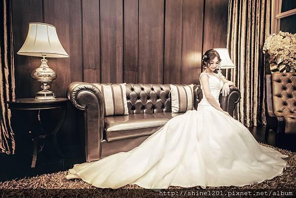 西敏手工婚紗
