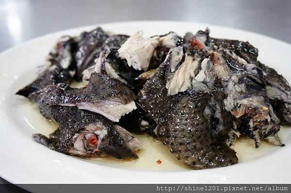 宜蘭梅花湖附近小吃美食 黑雞發