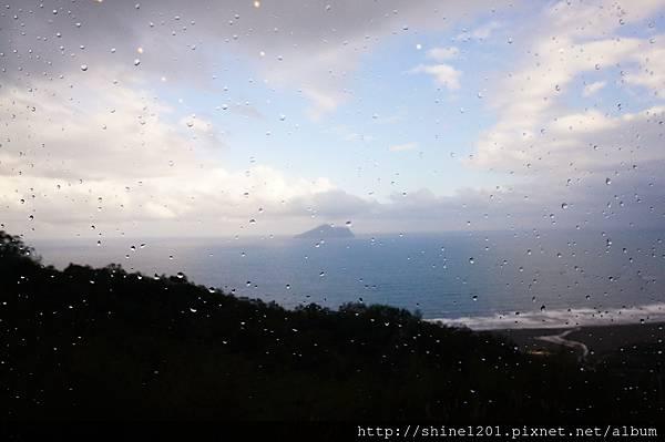 宜蘭景點 金車伯朗咖啡城堡 眺望龜山島